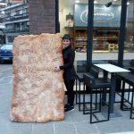 kozan.gr: Η λαγάνα 50 κιλών του φούρνου Γιαννακού στην Πτολεμαΐδα  (Φωτογραφίες)