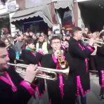 kozan.gr: Όπως κάθε χρόνο, έτσι και φέτος, με την Πανδώρα, η έναρξη της αποκριάτικης παρέλασης στην Κοζάνη (Βίντεο)