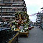 kozan.gr: Σε θέσεις «μάχης» τα άρματα της Κοζανίτικης Αποκριάς, λίγες ώρες πριν την έναρξη της φετινής παρέλασης (Φωτογραφίες)