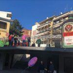 kozan.gr: Κοζάνη: Ετοιμάζεται η μουσική «σκηνή» για το σημερινό πάρτι νεολαίας (Φωτογραφίες)