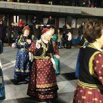 kozan.gr: Κεντρική πλατεία Κοζάνης: Η παρουσίαση χορευτικών των ΚΑΠΗ Κοζάνης και Σιάτιστας, το βράδυ της Δευτέρας 12/2 (Φωτογραφίες & Βίντεο)