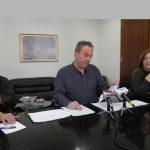 kozan.gr: Σκληρή απάντηση του Η. Κάτανα στην κριτική της Γ. Ζεμπιλιάδου περί του ποσού των 857.000 ευρώ, για το 2017, που δαπανήθηκε από την Περιφέρεια Δ. Μακεδονίας, σε δημόσιες σχέσεις, οργανώσεις κι ημερίδες: «Συνεχίζει να λέει ψέματα – Επέλεξε το δρόμο της παραπληροφόρησης» – Το αιχμηρό σχόλιο ερώτημά του για τη δική της διαδρομή στο δημόσιο και τις δικές της υπερωρίες (Βίντεο)