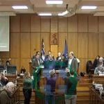 kozan.gr: Π.Σ. Δ. Μακεδονίας: Bραβεύτηκε ο κ. Δ. Φασνάκης για την καλύτερη πρόταση-σχεδίαση στο διαγωνισμό , για τον σχεδιασμό πρότυπων πληροφοριακών πινακίδων οι οποίες θα εγκατασταθούν στα όρια της Π.Ε. Κοζάνης (Bίντεο)