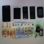 Συνελήφθησαν -2- άτομα σε περιοχές της Καστοριάς και της Φλώρινας για μεταφορά -6- μη νόμιμων μεταναστών – Κατασχέθηκαν -2- Ι.Χ.Ε. αυτοκίνητα, -11- κινητά τηλέφωνα και χρηματικό ποσό -1820- ευρώ (Φωτογραφίες)