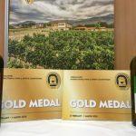 Το «ΚΟΥΡΙΤΕΣ ΕΡΥΘΡΟ 2014» και το «ΚΟΥΡΙΤΕΣ ΛΕΥΚΟ 2017», του Αμπελώνα Καμκούτη, από το Βελβεντό,  βραβεύτηκαν,  με χρυσό μετάλλιο, στο 18ο Διεθνή Διαγωνισμό Οίνου Θεσσαλονίκης