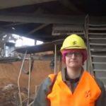 Βραβεύτηκε από την ΔΕΗ, η 38χρονη, πολύτεκνη μητέρα & χειρίστρια εκσκαφέων, στο ορυχείο Αμυνταίου, Ολυμπία Παπαχαρισίου (Bίντεο)