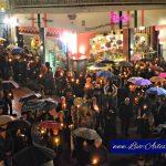 Η Περιφορά του Επιταφίου στην Κεντρική πλατεία Σερβίων, το βράδυ της Μεγάλης Παρασκευής (Βίντεο & Φωτογραφίες)