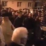 kozan.gr: Η συνάντηση των επιταφίων Αγ. Αναργύρων και Αγίου Δημητρίου στην Κοζάνη, το βράδυ της Μ. Παρασκευής (Βίντεο)