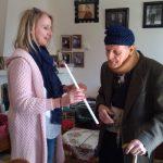 Συμβολικά δώρα στους 460 ωφελούμενους των πέντε δομών του προγράμματος «Βοήθεια στο Σπίτι» διένειμαν εργαζόμενοι στη  Δημοτική Κοινωφελής Επιχείρηση Κοινωνικής Πρόνοιας & Μέριμνας του Δήμου Κοζάνης