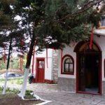 Μελίσσια Κοζάνης, Μεγάλο Σάββατο, 7 Απριλίου, τελετή Ανάστασης, στη γραφική εκκλησία του Αγίου Γεωργίου