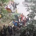 kozan.gr: Παράσταση διαμαρτυρίας, από Ρομά, στο δήμαρχο Εορδαίας, για τις συνθήκες διαβίωσης που επικρατούν στον καταυλισμό στον οποίο διαμένουν (Βίντεο)