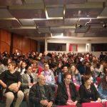 kozan.gr: Γεμάτο το Πνευματικό Κέντρο Πτολεμαΐδας στην παράσταση «Τ' απάν αφκά» (Φωτογραφίες & Βίντεο)