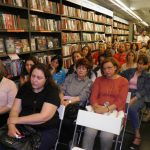 kozan.gr: Κοζάνη: Η Γωγώ Τσακογιάννη παρουσίασε, το απόγευμα της Πέμπτης 31/5,  το βιβλίο της «Μ' αγαπώ» (Φωτογραφίες & Βίντεο)