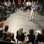 kozan.gr: Συνεργασίες με 12 σκηνοθέτες & 33 επαγγελματίες ηθοποιούς, περιλαμβάνει το Καλλιτεχνικό Πρόγραμμα του ΔΗ.ΠΕ.ΘΕ Κοζάνης – Aνακαινίζεται η Αίθουσα Τέχνης – Με τη χρηματοδότηση της Περιφέρειας θα αντικατασταθούν τα καθίσματα (Bίντεο 10′)