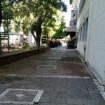 Παράπονο αναγνώστη του kozan.gr: Κεντρική πλατεία Πτολεμαΐδας: Έντονη δυσοσμία γύρω από την παιδική χαρά (Φωτογραφία)