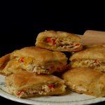 H πρόταση της εβδομάδας από το πετυχημένο μαγειρικό site «foodaholics» – Κοτόπιτα με σπιτικό φύλλο