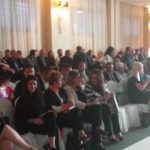 Καρυπίδης και Αδαμόπουλος αποχώρησαν εκνευρισμένοι από το gala της 43ης Διεθνούς Έκθεσης Γούνας Καστοριάς, λίγο πριν ξεκινήσει