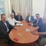 H επίσημη ανακοινωση του δήμου Βοίου για τις εξελίξεις με το θέμα φιλοξενίας προσφύγων: «Η ευθύνη για τη εξεύρεση κατάλληλου χώρου για τη λειτουργία δομής φιλοξενίας προσφύγων ανατέθηκε από τον Υπουργό κ. Βίτσα στον Περιφερειάρχη κ. Καρυπίδη»
