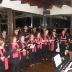 kozan.gr: Το τμήμα χορωδίας τουΛαογραφικού Ομίλου Κοζάνης «Φίλοι της Παράδοσης», πραγματοποίησε, το βράδυ της Πέμπτης 28/6,εκδήλωση στο καφέ-μπαρ Άλσος (Φωτογραφίες)