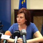 kozan.gr: Η ομιλία της Παρασκευής Βρυζίδου, δίπλα στον Α. Τζιτζικώστα, στην προχθεσινή συνέντευξη τύπου, στη Θεσσαλονίκη, για την πρωτοβουλία «η Αυτοδιοίκηση βγαίνει μπροστά», με σκοπό να μην επικυρωθεί η «συμφωνία των Πρεσπών» με τα Σκόπια (Βίντεο)
