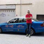 kozan.gr: Σάκης Καρανάτσιος: Επάγγελμα Οδηγός Ταξί: «Το ταξί κερδίζει από την υπερεργασία. Δηλαδή με πενθήμερο κι οκτάωρο δεν επιβιώνει κανείς» – Συνέντευξη στο kozan.gr