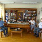 Ο τρόπος παροχής βοήθειας στους πυρόπληκτους κατοίκους της Αττικής ήταν το αντικείμενο της σύσκεψης που πραγματοποιήθηκε, σήμερα Τετάρτη 25/7, στα γραφεία της  Π.Ε. Κοζάνης