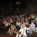 kozan.gr: Μουσικοθεατρική παράσταση αφιερωμένη στον Μάνο Ελευθερίου πραγματοποιήθηκε το βράδυ της Δευτέρας 16/7 στο Υπαίθριο Δημοτικό Θέατρο Κοζάνης (Φωτογραφίες)