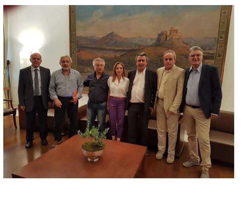 Με τον Πρόεδρο της Βουλής των Ελλήνων κ. Νικόλαο Βούτση συναντήθηκε ο Συντονιστής της Αποκεντρωμένης Διοίκησης Ηπείρου-Δυτικής Μακεδονίας κ. Βασίλειος Μιχελάκης