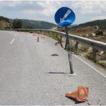 Δρόμος Ρυμνίου – Τριγωνικού: Το πρόβλημα του οδοστρώματος δεν αποκαθίσταται, η οδοσήμανση δίνει το στίγμα της πλήρους εγκατάλειψης…