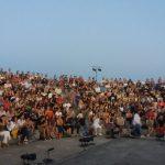 kozan.gr: Πτολεμαΐδα: Γέμισε από κόσμο, για την παράσταση «Ηλέκτρα» του Ευριπίδη, το υπαίθριο θέατρο του Πάρκου Εκτάκτων Αναγκών (Βίντεο & Φωτογραφίες)