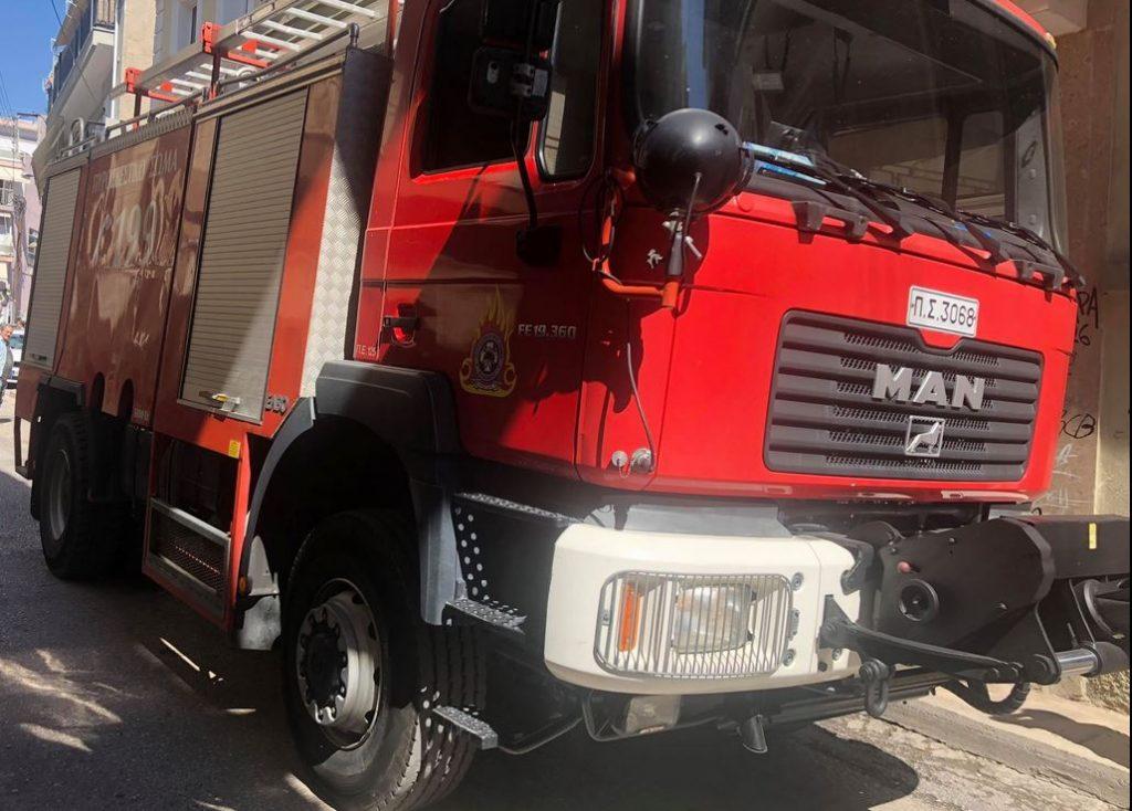 Γρεβενά: Πυρκαγιά από κεραυνό σε κατοικία στο Ελεύθερο