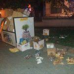 kozan.gr: Σκουπίδια διασκορπισμένα απέναντι από το παλαιό πάρκο Πτολεμαίδας (Φωτογραφίες)