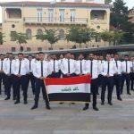 kozan.gr: Η χθεσινή ομαδική φωτογραφία, στην κεντρική πλατεία της Κοζάνης, των δοκίμων των ιρακινών αερογραμμών, που εκπαιδεύονται στην Egnatia Aviation