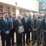 kozan.gr: Η ξενάγηση του Προέδρου της Δημοκρατίας Προκόπη Παυλόπουλου στους χώρους της δημοτικής βιβλιοθήκης Κοζάνης (Φωτογραφίες)