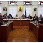 kozan.gr: Σε έκτακτη συνεδρίαση προχωρά, την Παρασκευή 28/12, το Δ.Σ. Βοΐου, με αφορμή την πρόθεση της Εθνικής Τράπεζας να κλείσει το υποκατάστημά της στο Τσοτύλι