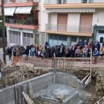 Θεμελίωση οικοδομής στη Σιάτιστα, όπως τα παλαιά τα χρόνια, με τις ευλογίες της εκκλησίας και παρουσία φίλων και γνωστών (Βίντεο & Φωτογραφίες)
