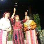 kozan.gr: Πτολεμαΐδα: Γέλασαν με την ψυχή τους, το βράδυ της Πέμπτη 4/10, στην παράσταση «Η Μάισσα»  (Φωτογραφίες & Βίντεο)