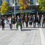 kozan.gr: Απότιση φόρου τιμής από μαθητές, προσκόπους και οδηγούς,στην κεντρική πλατεία Κοζάνης, με αφορμή τη μεθαυριανήεθνική επέτειοτης28ης Οκτωβρίου1940 (Φωτογραφία & Βίντεο)
