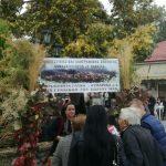 kozan.gr: Αρκετός κόσμος, στη σημερινή (Κυριακή 21/10), καθιερωμένη Καστανογιορτή στη Δαμασκηνιά Βοΐου, που διεξήχθη για 19η χρονιά (Βίντεο 4′ & Φωτογραφίες)