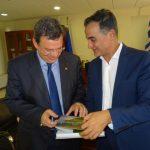 Συνάντηση στην Περιφέρεια, του Πρύτανη του ΑΠΘ  με τον Περιφερειάρχη Θ. Καρυπίδη (Βίντεο)