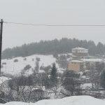 kozan.gr: Πανέμορφες κατάλευκες φωτογραφίες από το Καταφύγι του δήμου Σερβίων Βελβεντού και του δρόμου από εκεί προς προς χιονοδρομικό Ελατοχωρίου