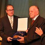 Το Χρυσό Κλειδί του Δήμου Παύλου Μελά στον Σιατιστινό Νικόλαο Γ. Παπαγεωργίου – Συγκίνηση στην τιμητική εκδήλωση (Φωτογραφία)