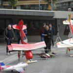 kozan.gr: Πτήσεις αερομοντέλων, από το Σύλλογο Αερομοντελιστών Κοζάνης, στην κεντρική πλατεία της πόλης (Βίντεο & Φωτογραφίες)