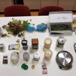 Συνελήφθη 52χρονος ημεδαπός για καλλιέργεια και κατοχή ναρκωτικών και για παράβαση του νόμου περί όπλων    Κατασχέθηκαν μεταξύ άλλων 681,9 γραμμάρια ακατέργαστης κάνναβης, 61 ρίζες φυτών δενδρυλλίων κάνναβης και 60 κορμοί φυτών κάνναβης (Φωτογραφία)