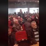 kozan.gr: Με αιχμές, προς την Περιφέρεια, η τοποθέτηση του βουλευτή Κοζάνης & υποψηφίου Περιφερειάρχη Δ. Μακεδονίας, Γ. Κασαπίδη: «Είμαι βαθύτατα ανήσυχος, αγαπητέ Θόδωρε, με την αναφορά που έκανες – Εμείς δεν δεχόμαστε όσο κι αν κύματα μεταναστών έρθουν στην χώρα μας, δεν δεχόμαστε να έρθουν να εγκατασταθούν μόνιμα στον τόπο μας» (Βίντεο)