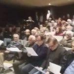 "kozan.gr: Κοζάνη: Μέλη της διαδικτυακής ομάδας ""Πτολεμαίοι Μακεδόνες"" ανέγνωσαν και μοίρασαν ψήφισμα διαμαρτυρίας, στην εκδήλωση για τη «Συμφωνία των Πρεσπών», με τους Μαραντζίδη, Αρμακόλα και Τζίμα  (Βίντεο & Φωτογραφίες)"