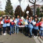 kozan.gr: Φοιτητές & φοιτήτριες του τμήματος Μαιευτικής Πτολεμαίδας μοίρασαν ενημερωτικά φυλλάδια με αφορμή την σημερινή Παγκόσμια Ημέρα κατά του AIDS  (Φωτογραφίες & Βίντεο)