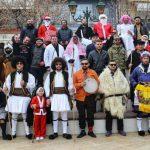 kozan.gr: Πραγματοποιήθηκε, σήμερα Δευτέρα 31 Δεκεμβρίου, το έθιμο «Σόρβα» στην Αιανή, από μεταμφιεσμέναπαιδιά του Πολιτιστικού Μορφωτικού Συλλόγου Αιανής (Φωτογραφίες & Βίντεο)