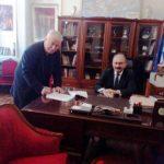 Τη σύμβαση του έργου «Βελτίωση- συντήρηση αθλητικών εγκαταστάσεων» υπέγραψε ο Δήμαρχος Εορδαίας Σ. Ζαμανίδης