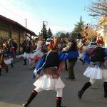 kozan.gr: Η 1η μέρα, αναβίωσης του εθίμου των Μωμογέρων στον Αγ. Δημήτριο Κοζάνης – Συνέχεια και την Τετάρτη 26/12 (Βίντεο & Φωτογραφίες)